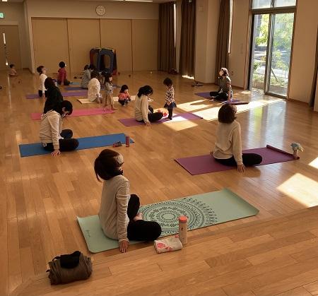 yoga1103.jpg